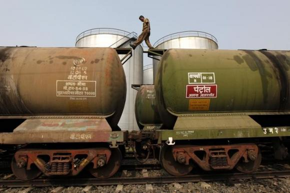 India owes Iran $8.8 billion for oil, says minister