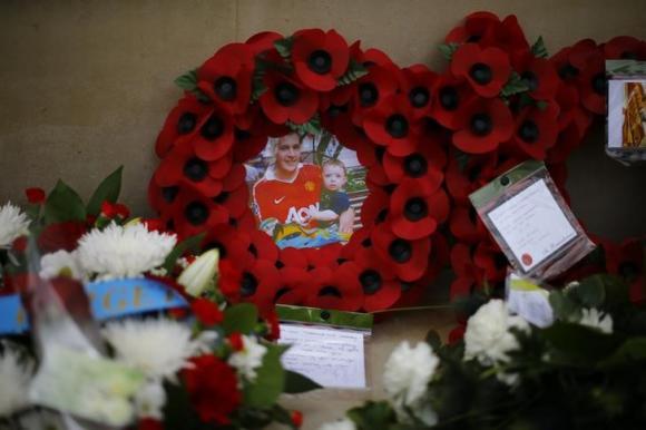 British teenager jailed for 22 years over beheading plot