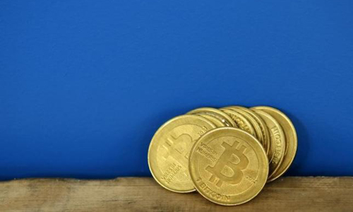Former US agents charged for bitcoin theft during Silk Road probe