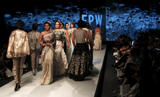 Snapshots from the Fashion Pakistan Week (FPW) in Karachi