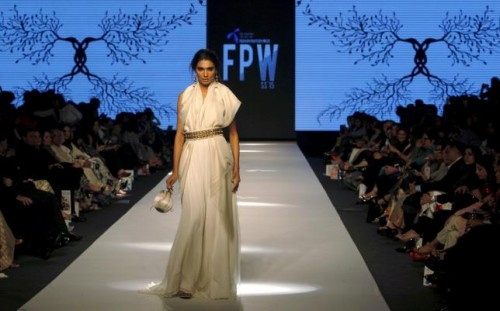 A model presents a creation by Pakistani designer Zaheer Abbas during the Fashion Pakistan Week (FPW) in Karachi April 1, 2015. Reuters