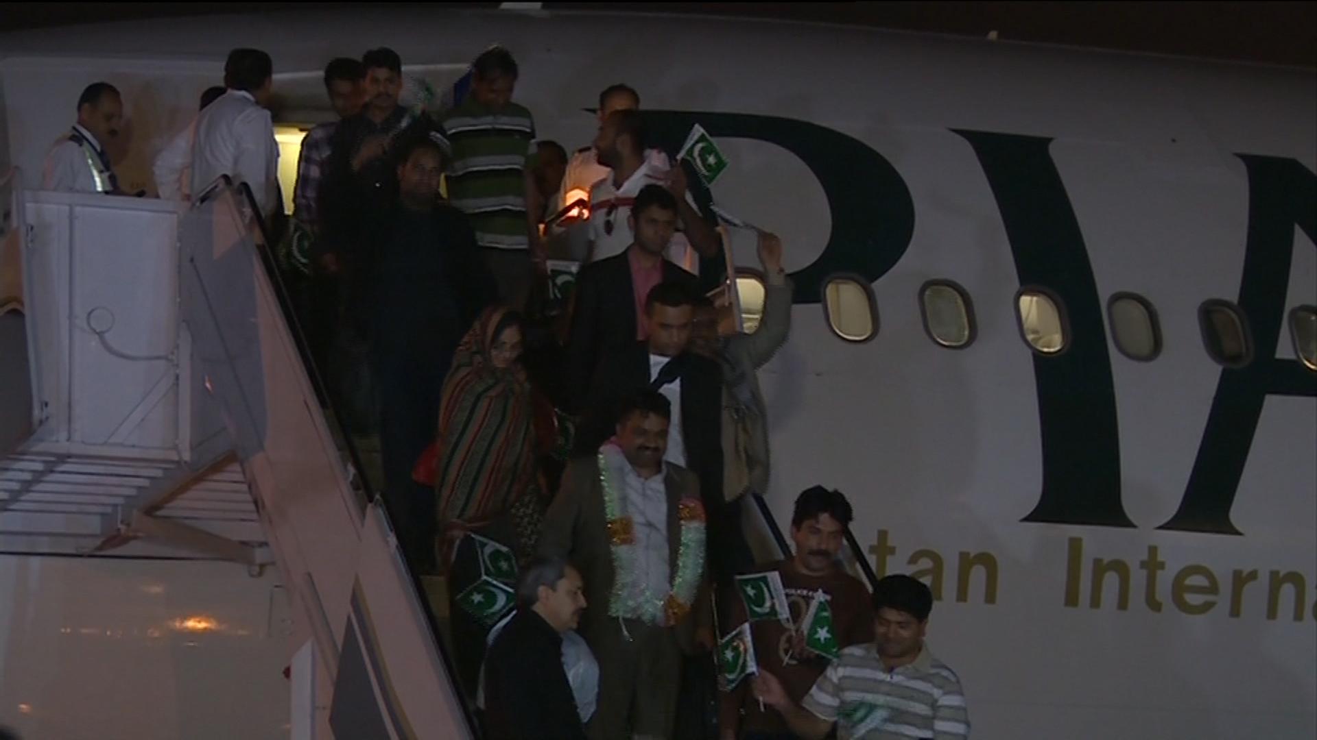 Homecoming: PIA flight brings back 134 Pakistanis from Yemen