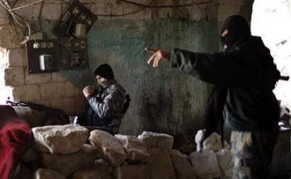 Al Qaeda kidnaps 300 Syrian Kurds, Kurdish official says