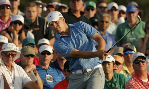 Spieth refuses to crack under Masters pressure