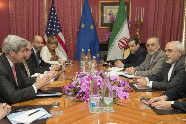 Peace or 'catastrophe' at stake in Iran talks: Oman