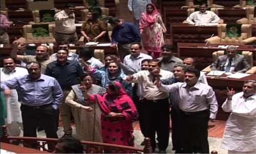 MQM, PML-F walk out from Sindh Assembly on arrival of PTI members