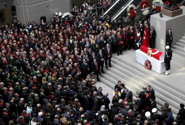 Turkey vows to find 'dark forces' behind Istanbul hostage-taking