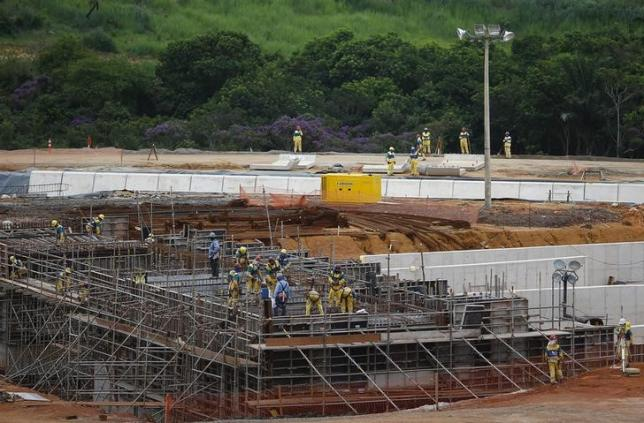 Rio mayor says Olympic Park on schedule despite firm's finances