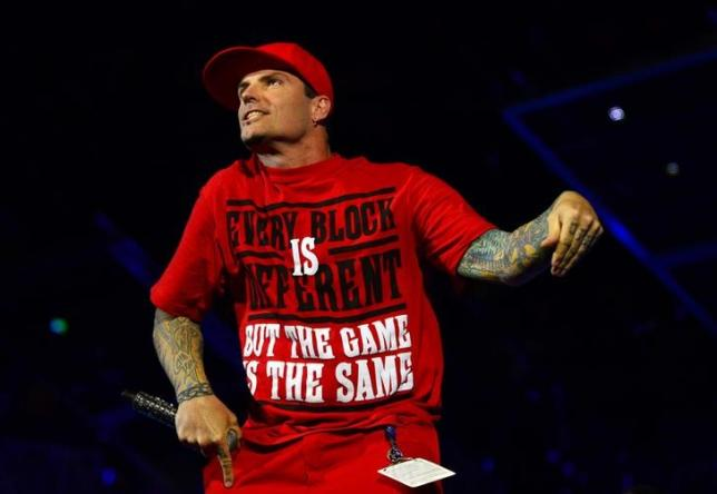 Rapper Vanilla Ice in plea deal over Florida theft charge