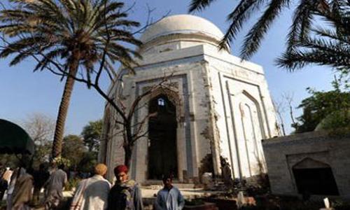 Pashto Sufi poet Rahman Baba's Urs starts in Peshawar