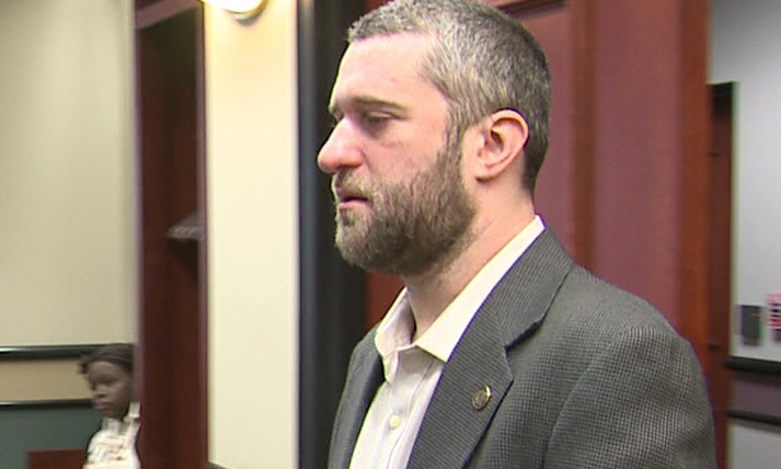 Actor Dustin Diamond not guilty of felony in stabbing case