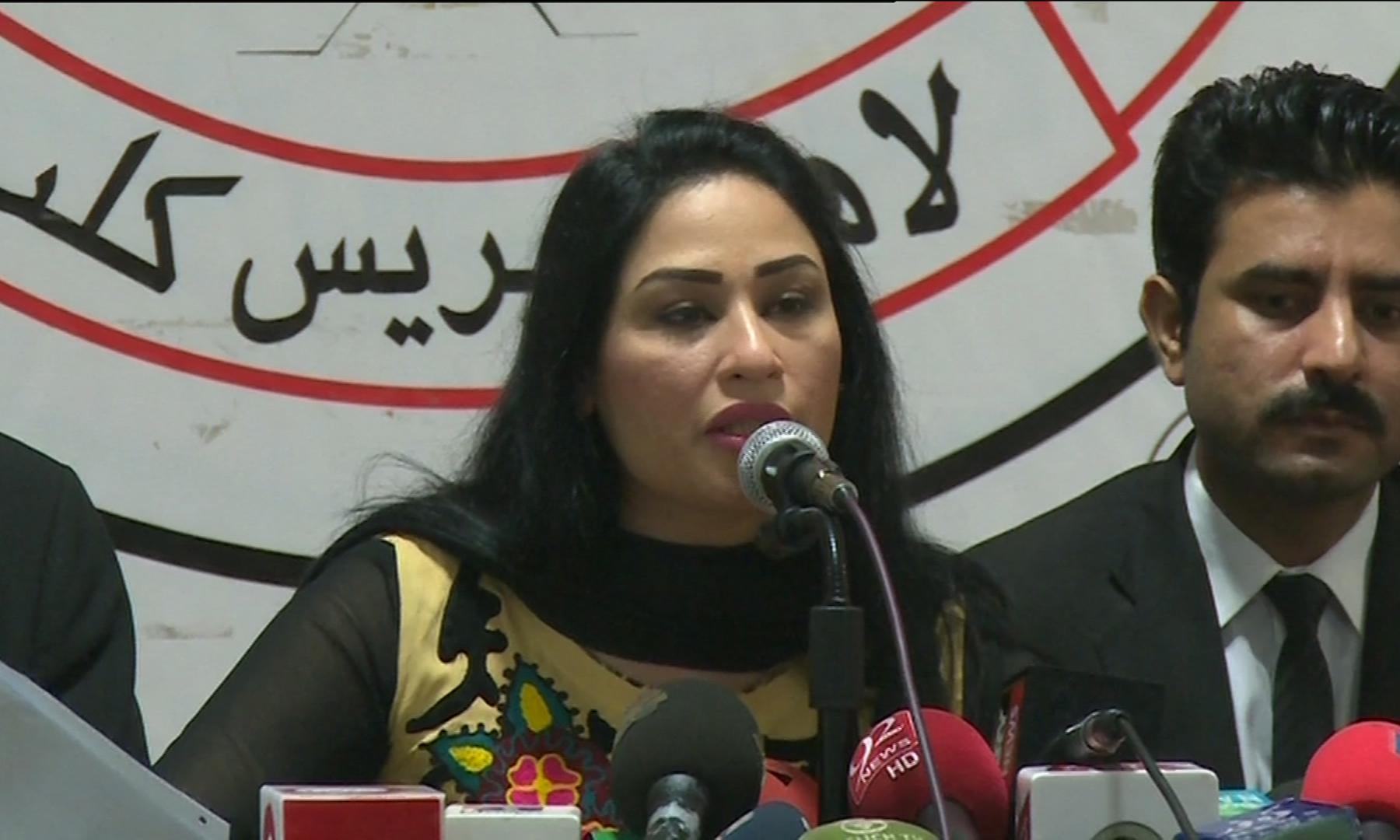 Humaira Arshad denies husband's allegation of money ...