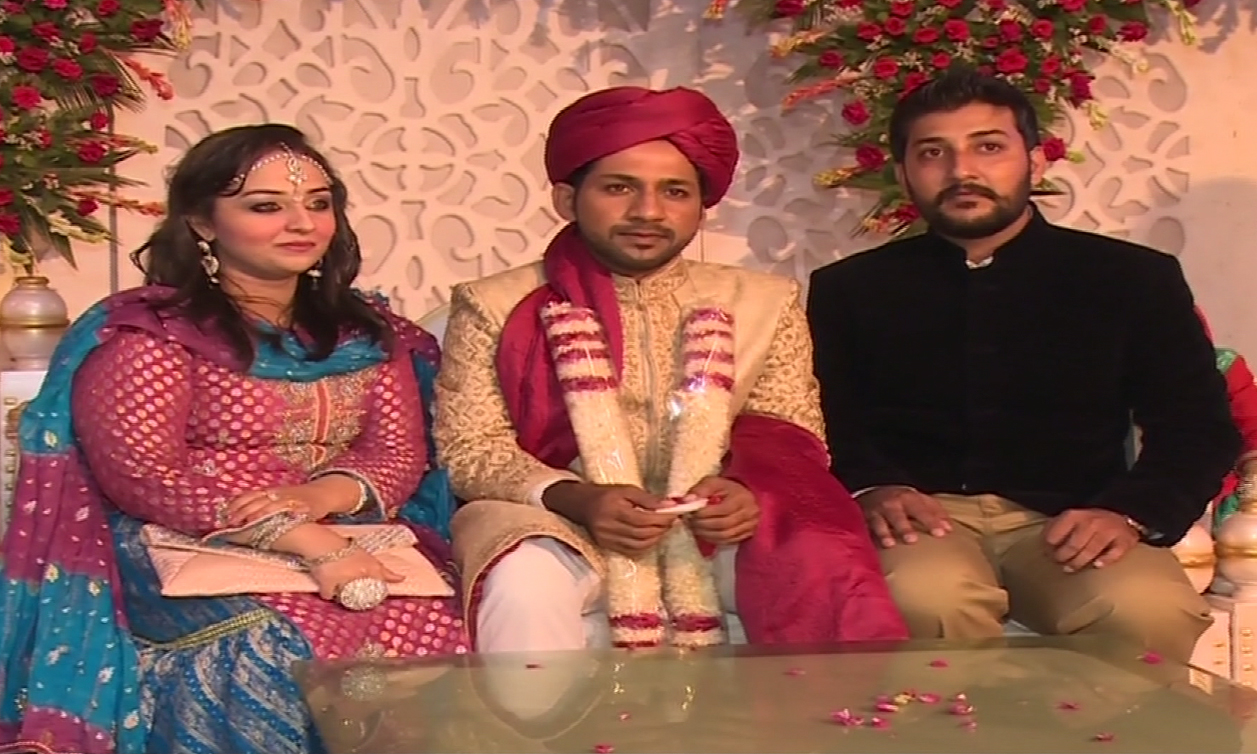 Cricketer Sarfraz Ahmed ties the knot in Karachi
