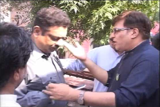PP-97 by-election: PML-N's Tumma Butt arrested, jailed in women's cell over heated argument with DSP