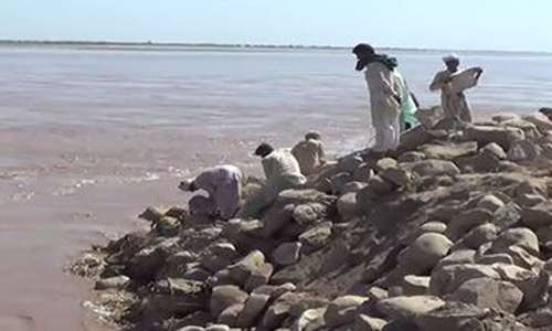 River Indus in high-level flood at Hyderabad