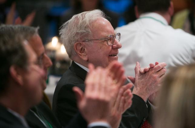 Lunch with Warren Buffett auctioned for $2.35 million