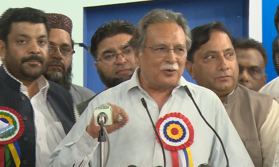Imran Khan can be excused but his acts cannot be forgotten, says Information Minister Pervaiz Rashid