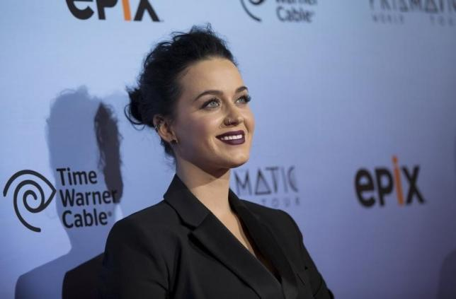 Judge gives Katy Perry chance to live at disputed ex-convent in Los Angeles