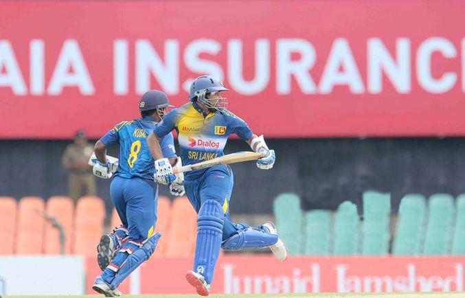 Hafeez stars as Sri Lanka amass 255-8 in first ODI at Dambulla