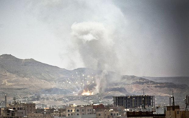 Saudi-led coalition bombs Yemeni capital in early hours