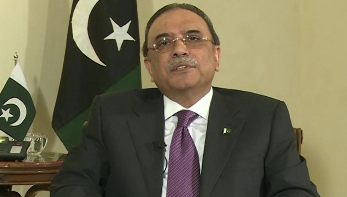 Asif Zardari strongly condemns torture of PIA employees
