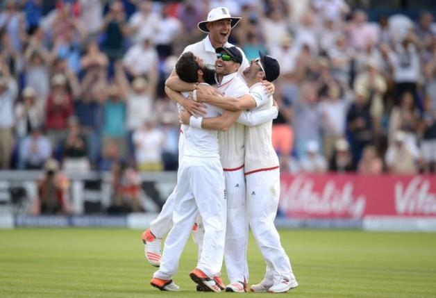 Broad and Moeen lead England to victory