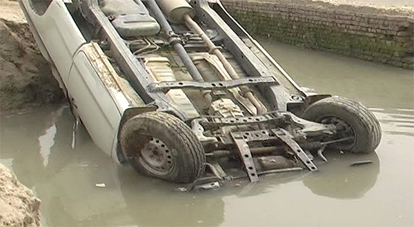 Three officials injured as Rangers vehicle falls into canal in Ghotki