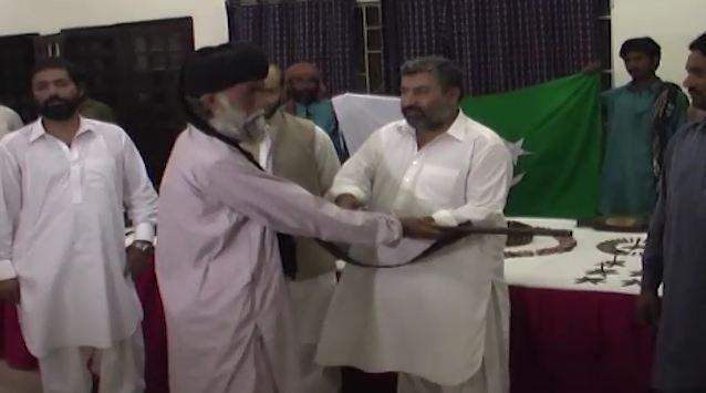 Eight Baloch rebel commanders among 42 surrender in Kashmoor