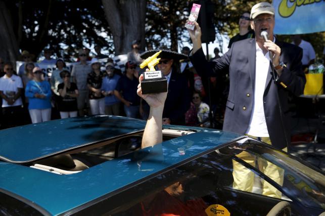 Cars on fairway: Pebble Beach Concours culminates auto-mania week
