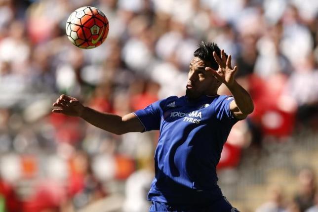 Champions Chelsea resist temptation to spend