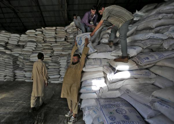 India likely to bring in rules to make mills export sugar stocks: sources