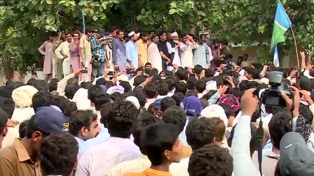 Kasur tragedy: Political leaders meet child abuse victims' families, assures support for justice