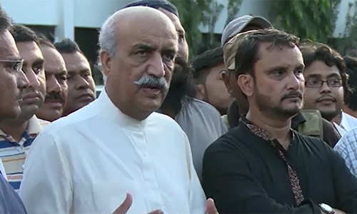 Khurshid Shah inquires after injured MQM leader Rashid Godil's health