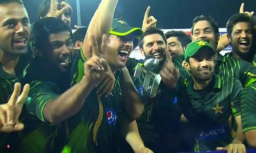 Thrilling one-wicket win hands Pakistan T20 series