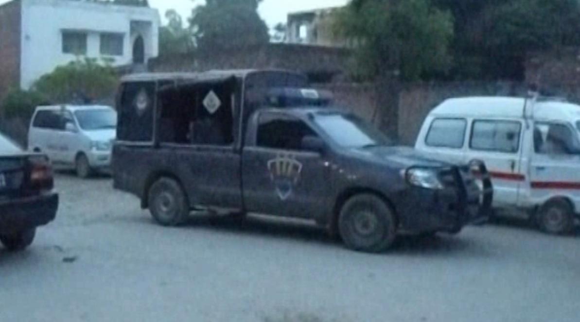 At least three terrorists killing in police encounter in Dera Ghazi Khan