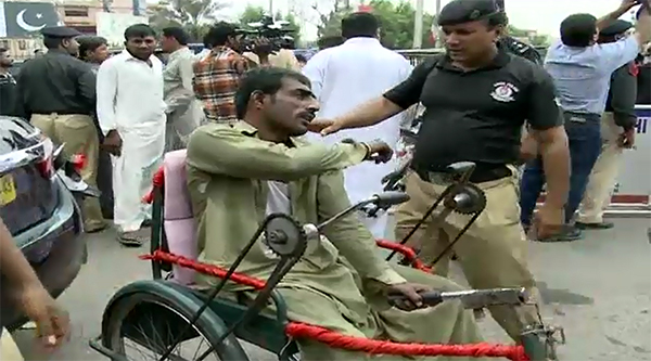 Disabled protesters manhandled outside Sindh Assembly