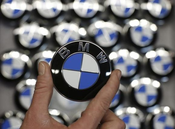 Apple, BMW in courtship with an eye on car collaboration