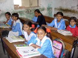 Summer vacation end, children back to schools in Sindh