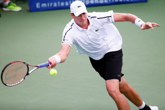 Tennis-Isner on course for Atlanta Open hat-trick