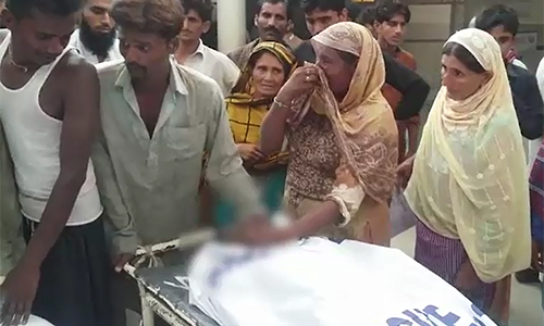 Four sanitary workers suffocated while clearing sewage line in Muzaffargarh