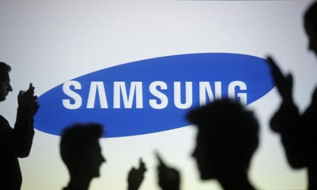 Samsung glamor days over as it fights to save mobile market share