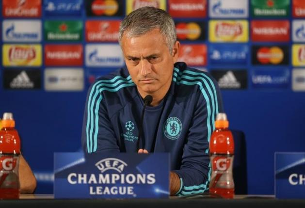Old foes Mourinho, Wenger both forced to defend selection