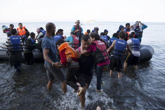 UN says 850,000 to cross sea to Europe this year and next