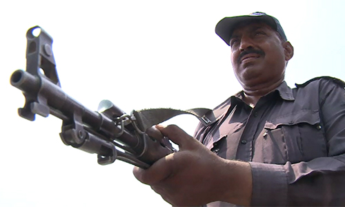 Lyari gang war leader Baba Ladla's brother among four nabbed in Karachi