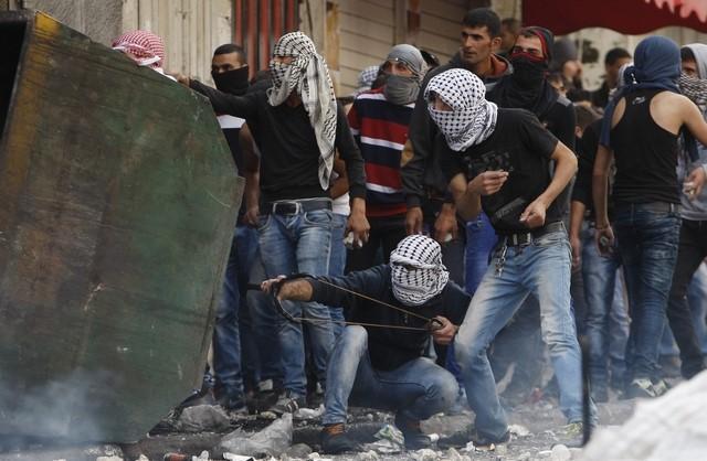 Six killed in Gaza as Israeli-Palestinian violence widens