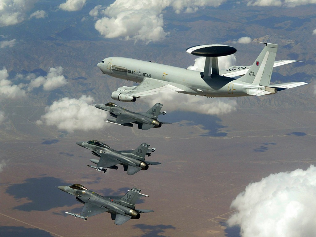 Самолеты США и НАТО провели разведоперацию у российских границ