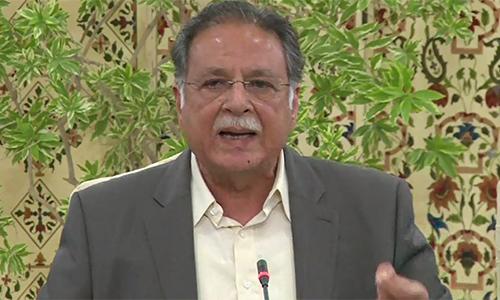 Govt to complete CPEC despite external and internal pressure, says Pervaiz Rashid