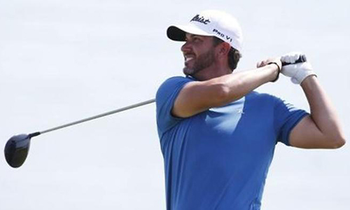 Piercy goes on birdie blitz in Malaysia, Brown bags car