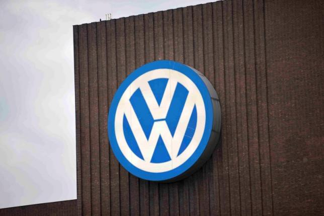 VW to recall 2.46 million German cars with illegal software - Die Welt