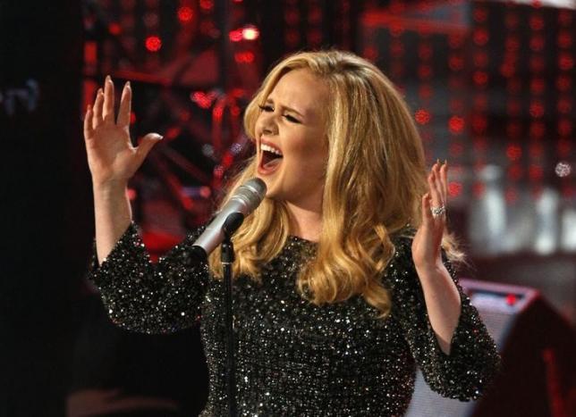 Adele's '25' album sells record 2.3 million U.S. copies in first three days